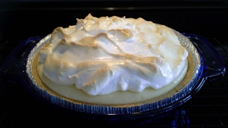 Sour Cream Cheesecake with Meringue Topping